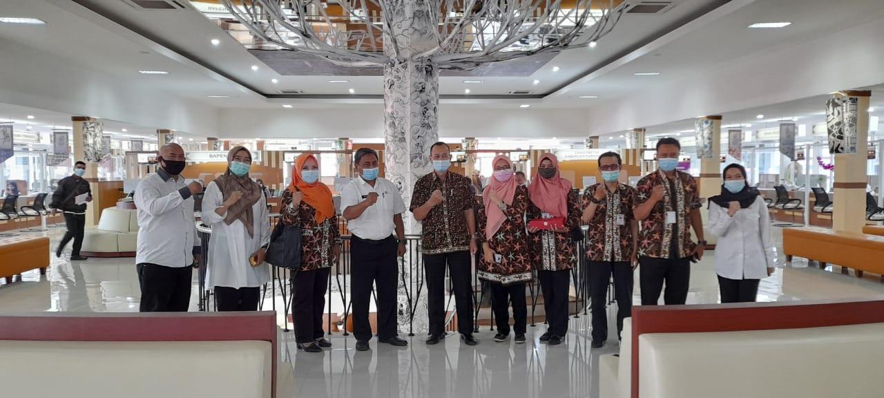 Kunjungan Kerja DPMPTSP Kota Cimahi ke Mal Pelayanan Publik Bale Madukara